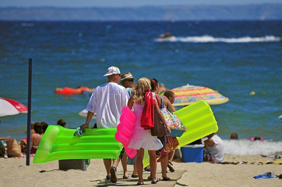 Playa de Palmanova. Esta a 20 minutos en Bus